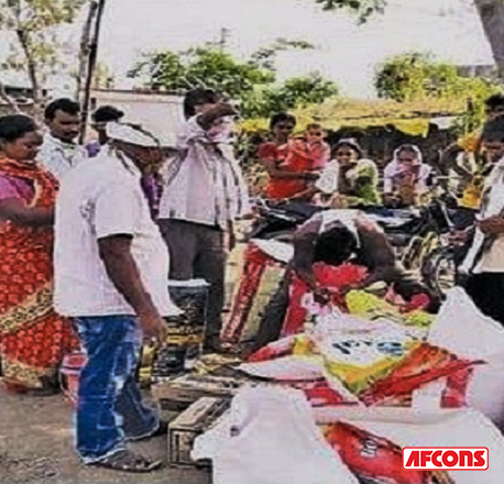 Food kits with a month's ration were distributed among 5,000 villagers at Wardha, Nagpur
